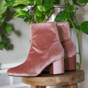 Free People Dusty Pink Velvet Boots (Brand New)